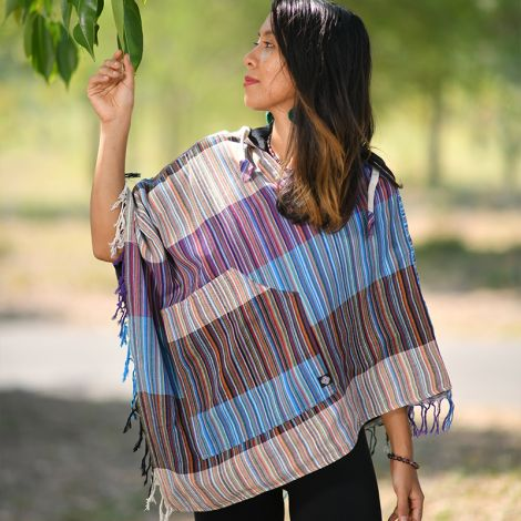 Poncho Wanderlust colorful